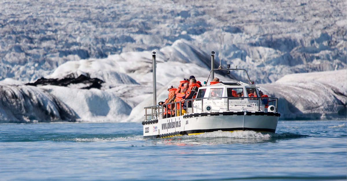 Amphibian boat tour in Glacier lagoon Iceland
